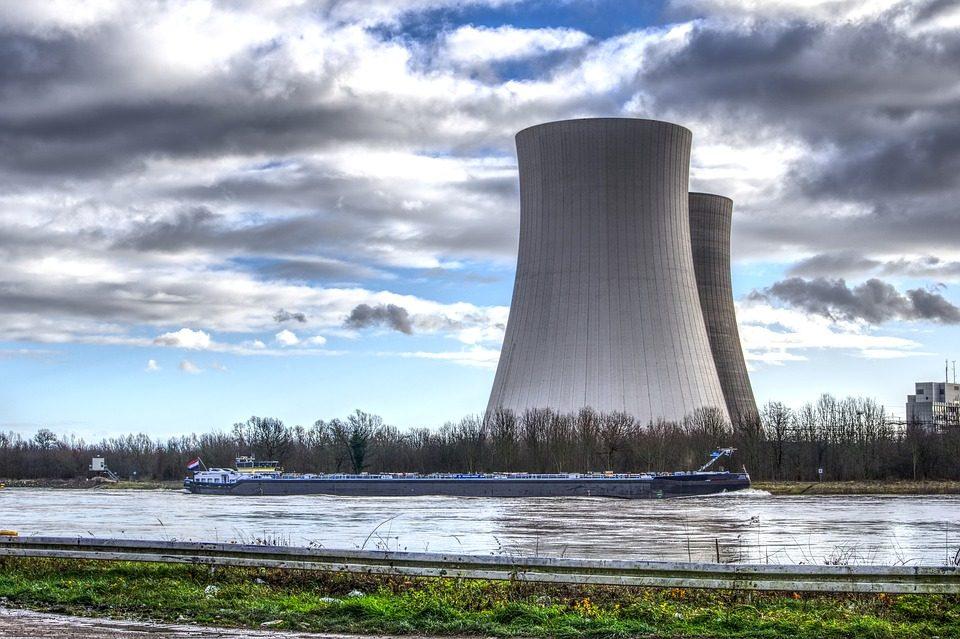 nuclear-power-4021418_960_720.jpg